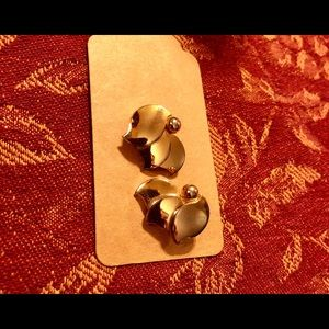 Vintage Alice, gold tone earrings, signed, clip-on